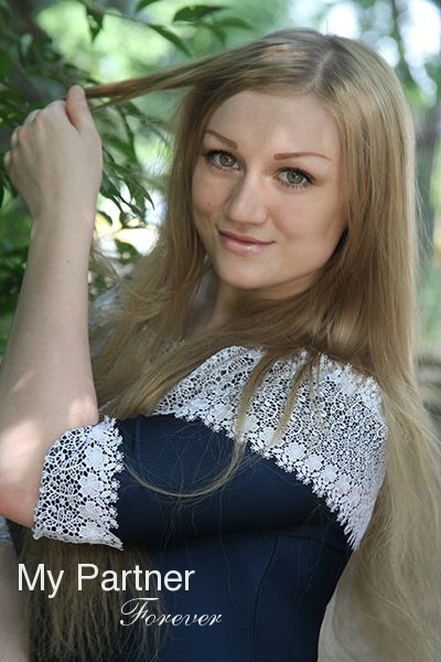 petersburg online dating Dating ukrainian woman anastasia from saint-petersburg with auburn hair 32 years old dating site ladadate of ukrainian and russian brides.