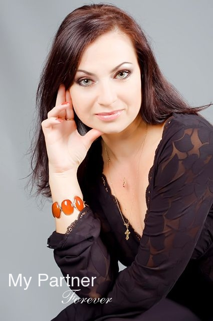 Online Dating with Single Ukrainian Girl Oksana from Sumy, Ukraine