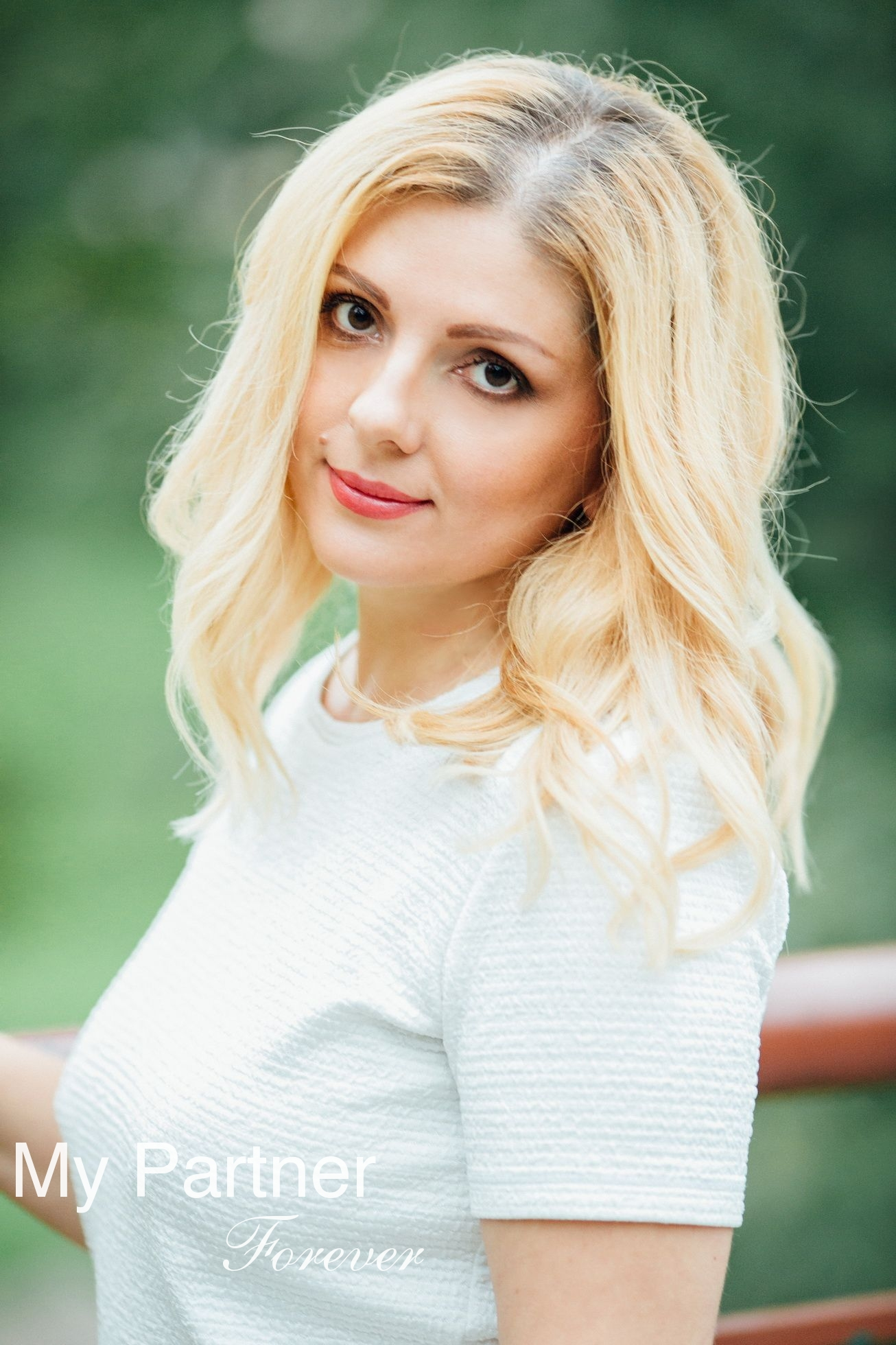 Online Dating with Stunning Belarusian Woman Alla from Grodno, Belarus