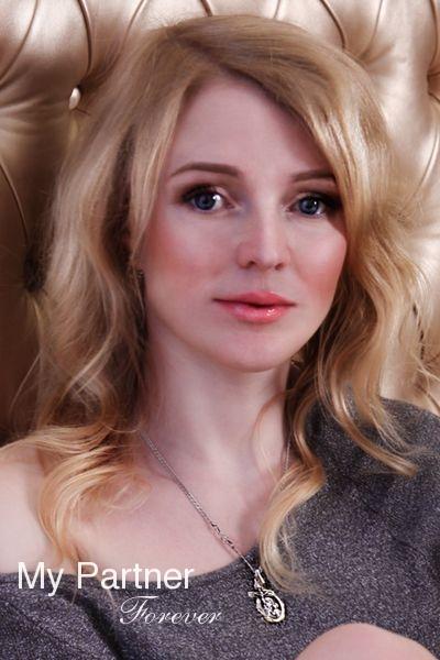 Single russian woman svetlana on
