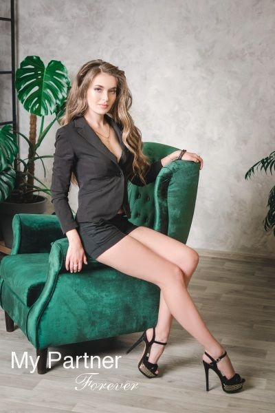 Ukrainian Girls Matchmaking - Meet Nadezhda from Zaporozhye, Ukraine