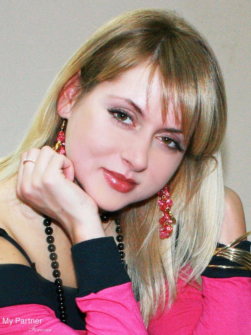 Anna online dating