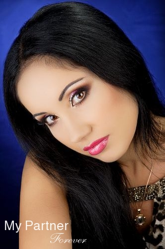 Russian Ladies Matchmaking - Meet Kristina from Chisinau, Moldova