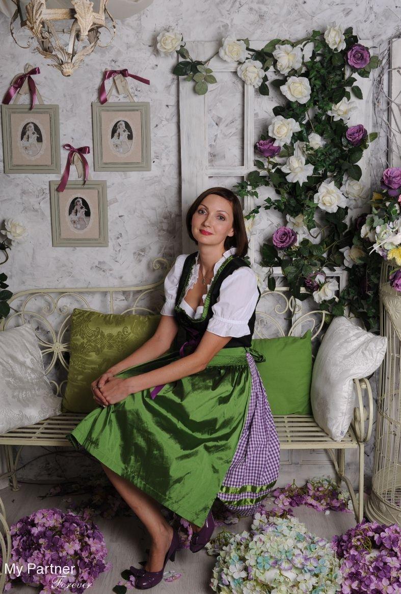 Meet Beautiful Ukraine Woman : Ukrainian Brides for Marriage